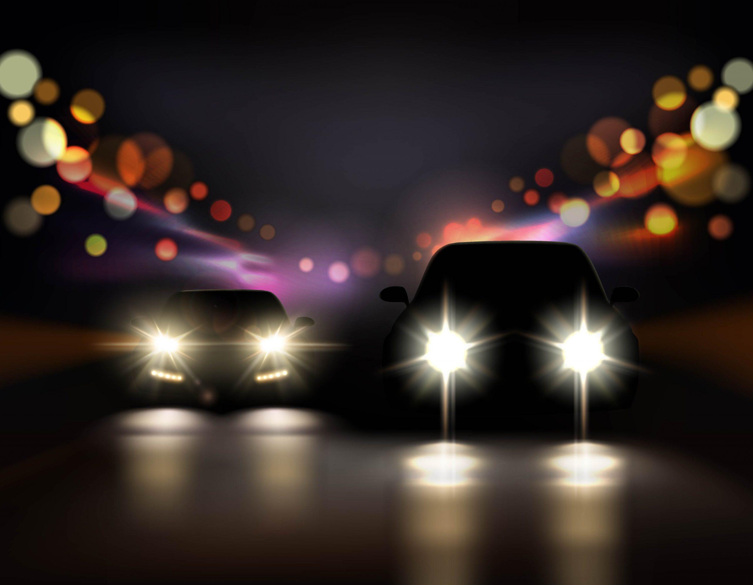 Vehículos circulando de noche